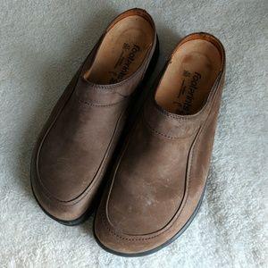Footprints by Birkenstock Clogs